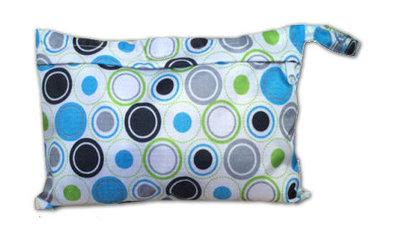 Luieretui / wetbag blauwe cirkels